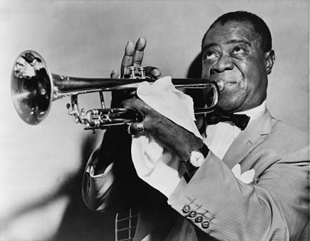440px-Louis_Armstrong_restored
